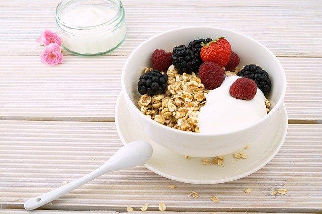 iogurte-desnatado-para-emagrecer